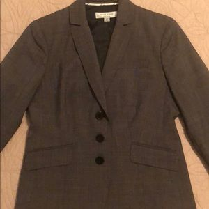 Anne Klein platinum suit jacket size 6P